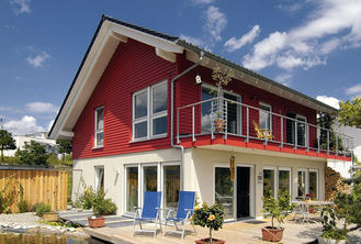 China 100 / 50mm ALC Panel Prefab Steel Villa / Prefab Metal Buildings For Family House supplier