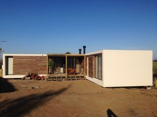 China Steel Structure Modern prefabricated Houses , Uruguay Bungalow Home Plans supplier