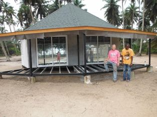 China New design Prefab Bali Bungalow , Overwater Bungalows For Seaside supplier